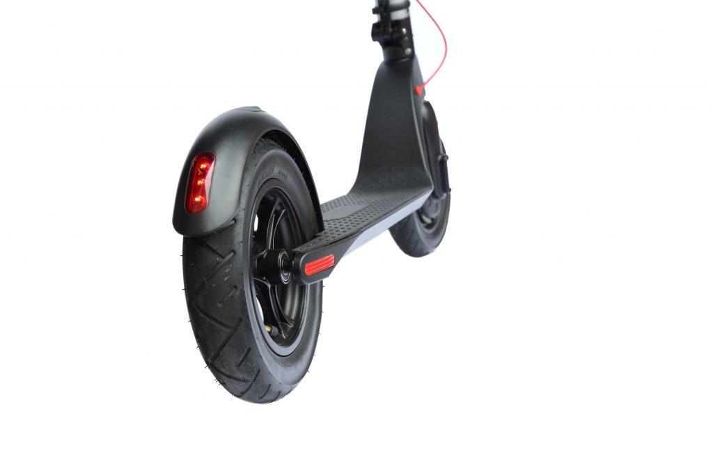 KIQ2 rear wheel tail light2
