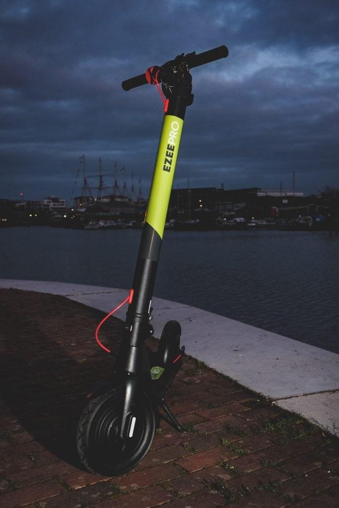 EcoMove EEZEE pro eScooters