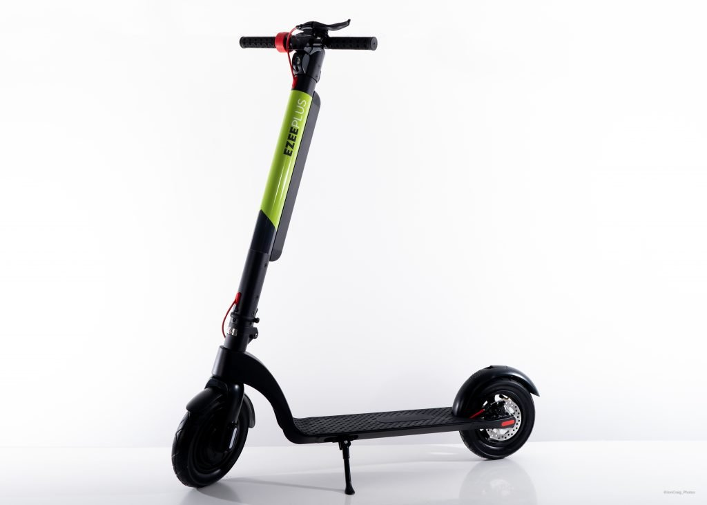 ecomove uk 0017 e scooter ezee plus with kick stand