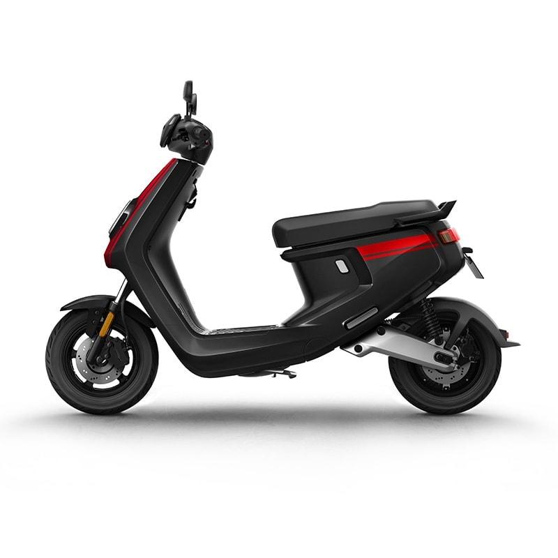 Niu Mqi+ Sport – Black &Amp; Red
