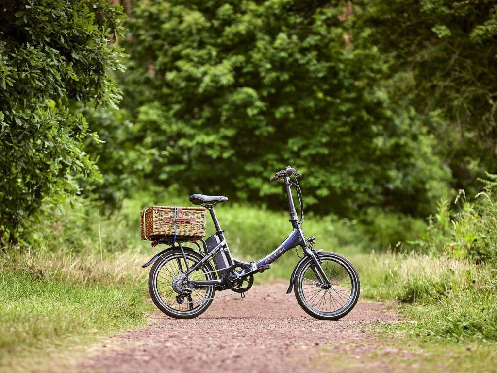 Stoweway Foldable Ebike Lifestyle Image