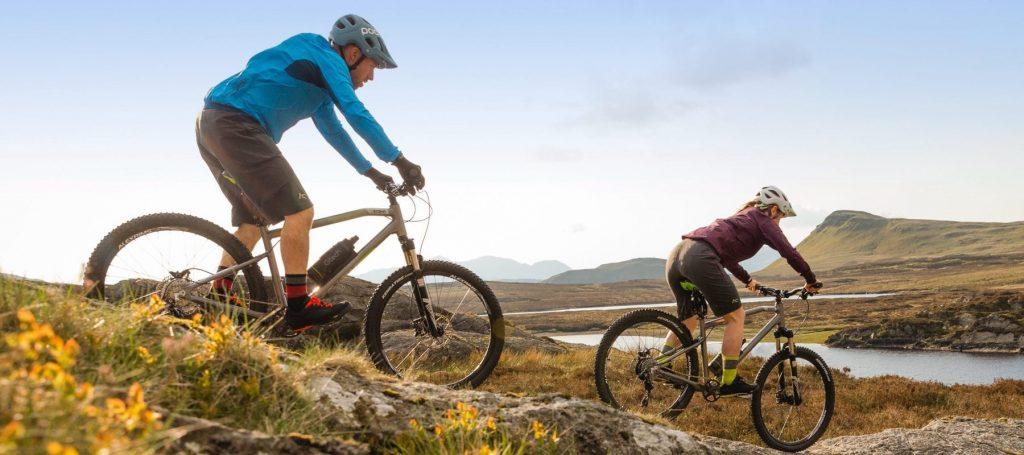 Escent Mountain Ebike Riders