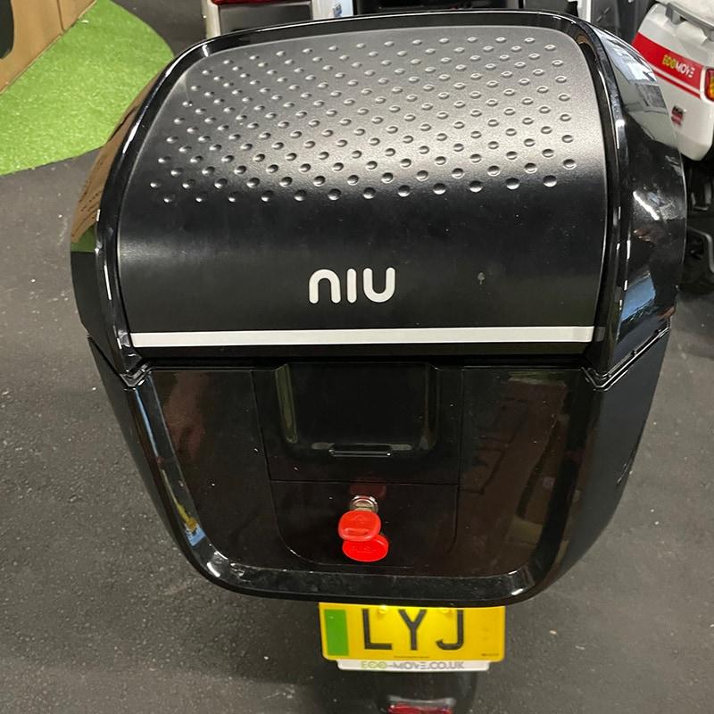 Niu Nqi Pre Owned Back Box