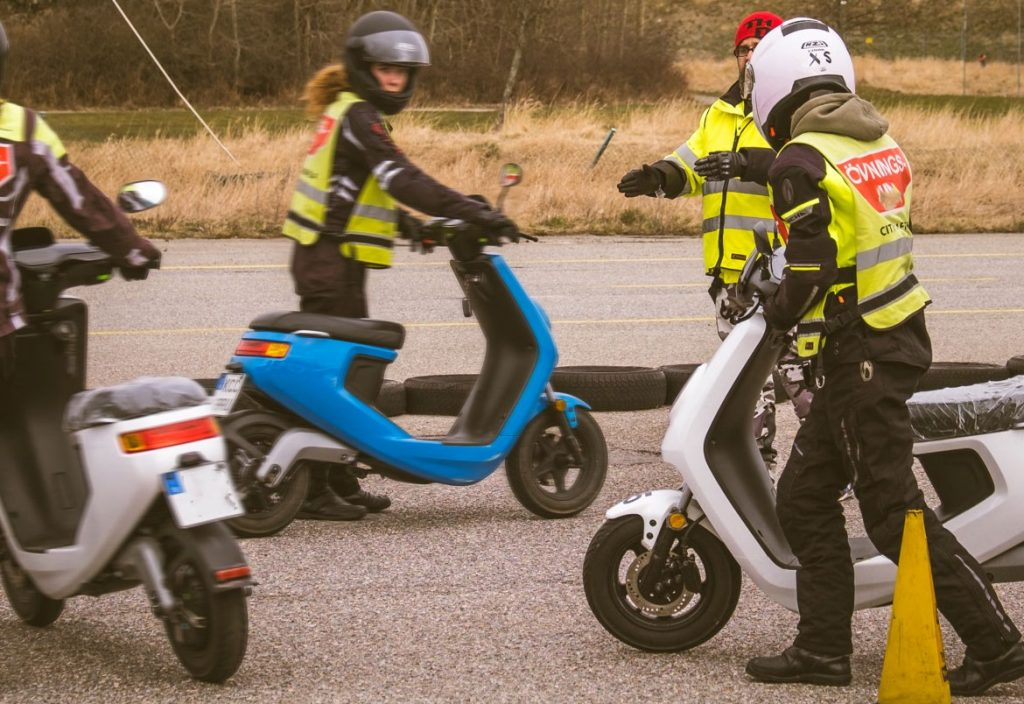 Electric Transport For Cbt Training Schools